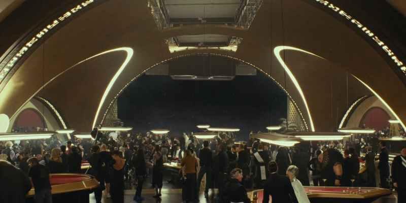 Star-Wars-The-Last-Jedi-Canto-Bight-Casino-City